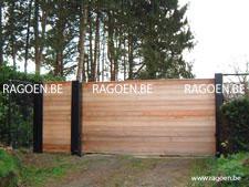 Portail coulissant et portillon en bois